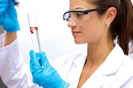 Who are some famous female biologists?
