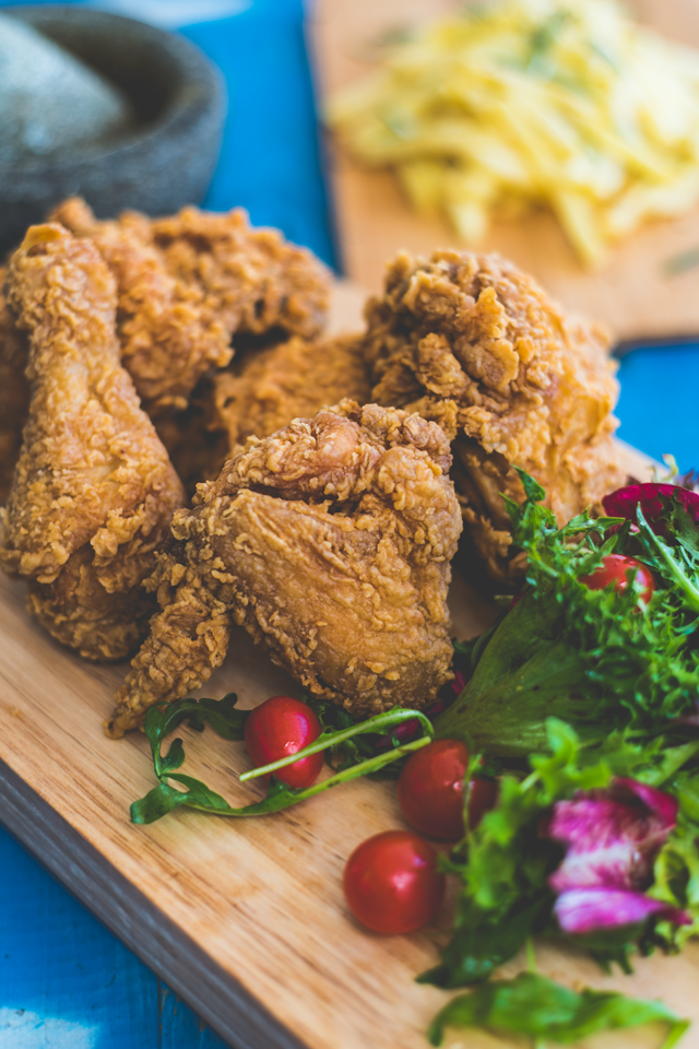 201503_mps_tylerng_friedchicken2.png