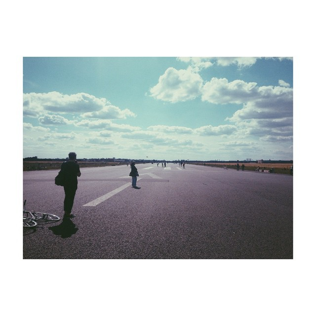 Everywhere we rode, the air would listen.    #templehof #horizon #landscape #airport #cycling #fixedgear until the legs drop off #berlin #vscocam #vscogrid (at Templehof Airport)