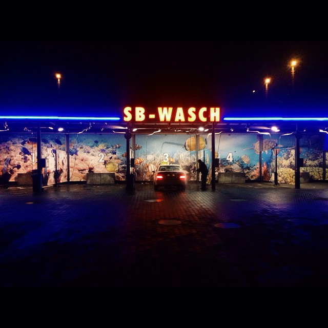 #carwash #berlin #neon #night #SaluSpace #dreamscape #cinematography #typography