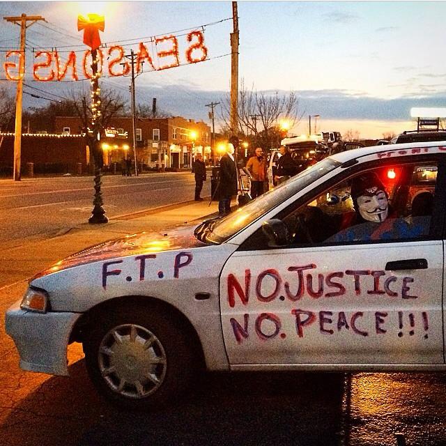 #regram @alexwroblewskiphoto #ferguson #protest #nojustice #nopeace