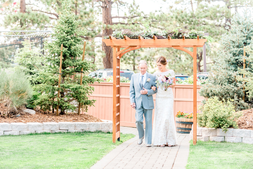Alyssa-Poland-Photography-Tahoe-Wedding-8.jpg