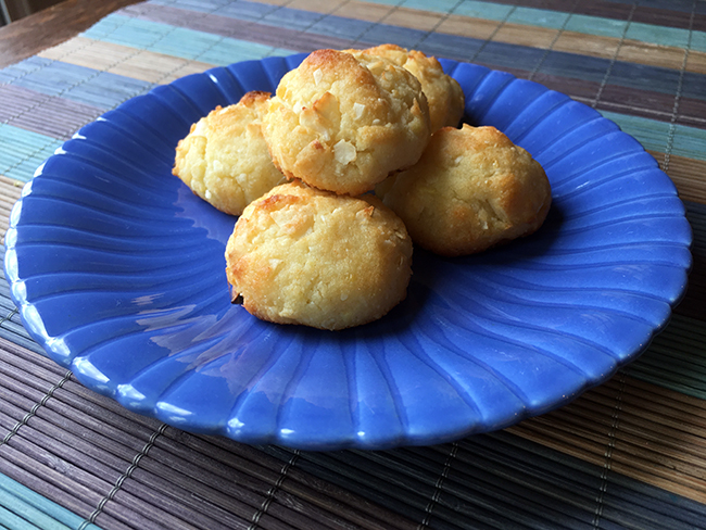 Low Carb Coconut Macaroons Recipe