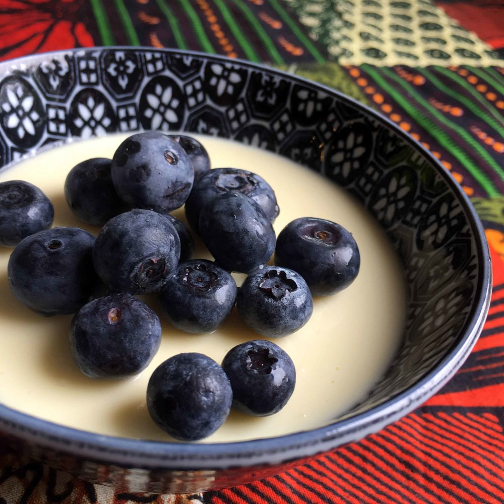 Low Carb Lemon Custard with Blueberries Recipe
