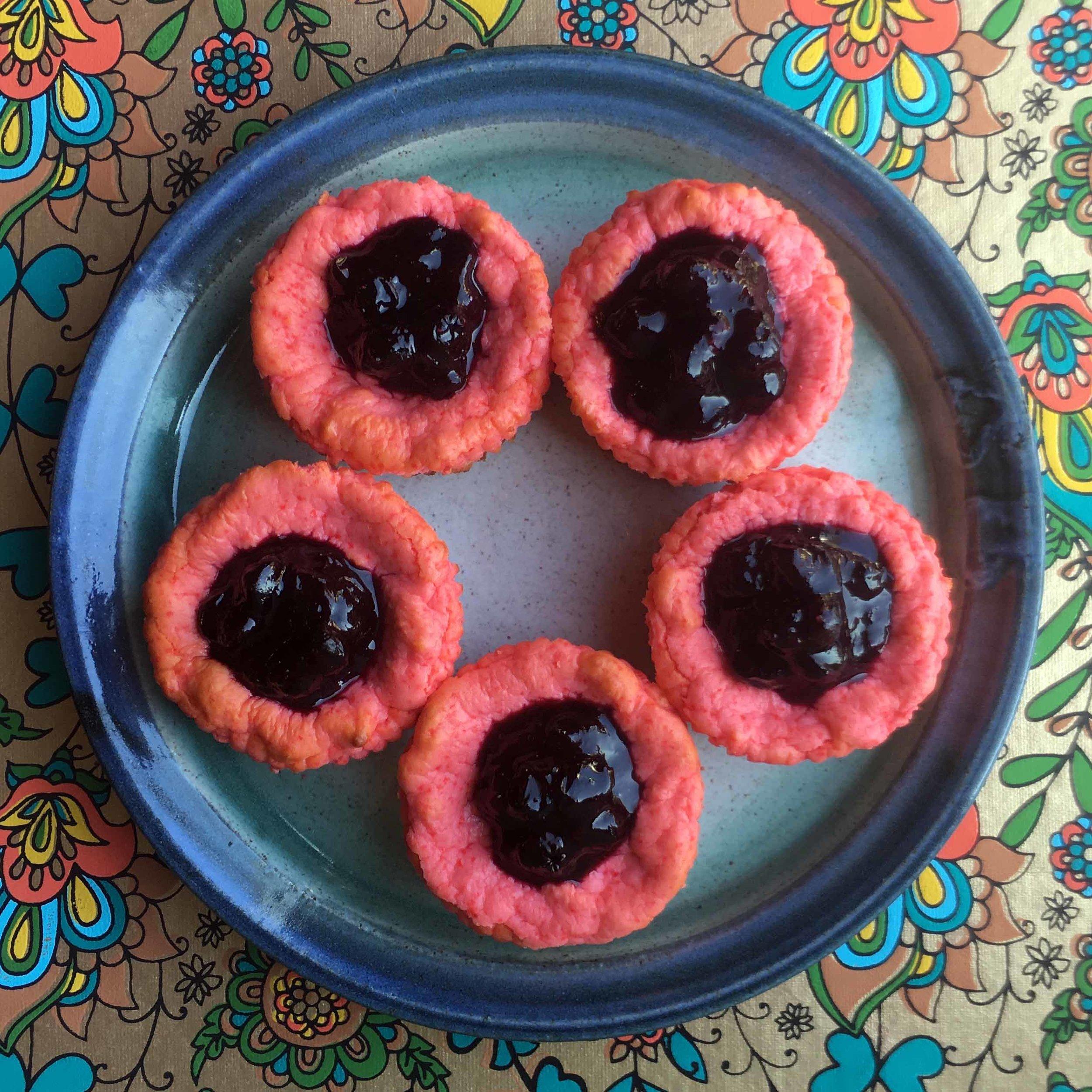 Low Carb Keto Berry Mini Cheesecake Recipe