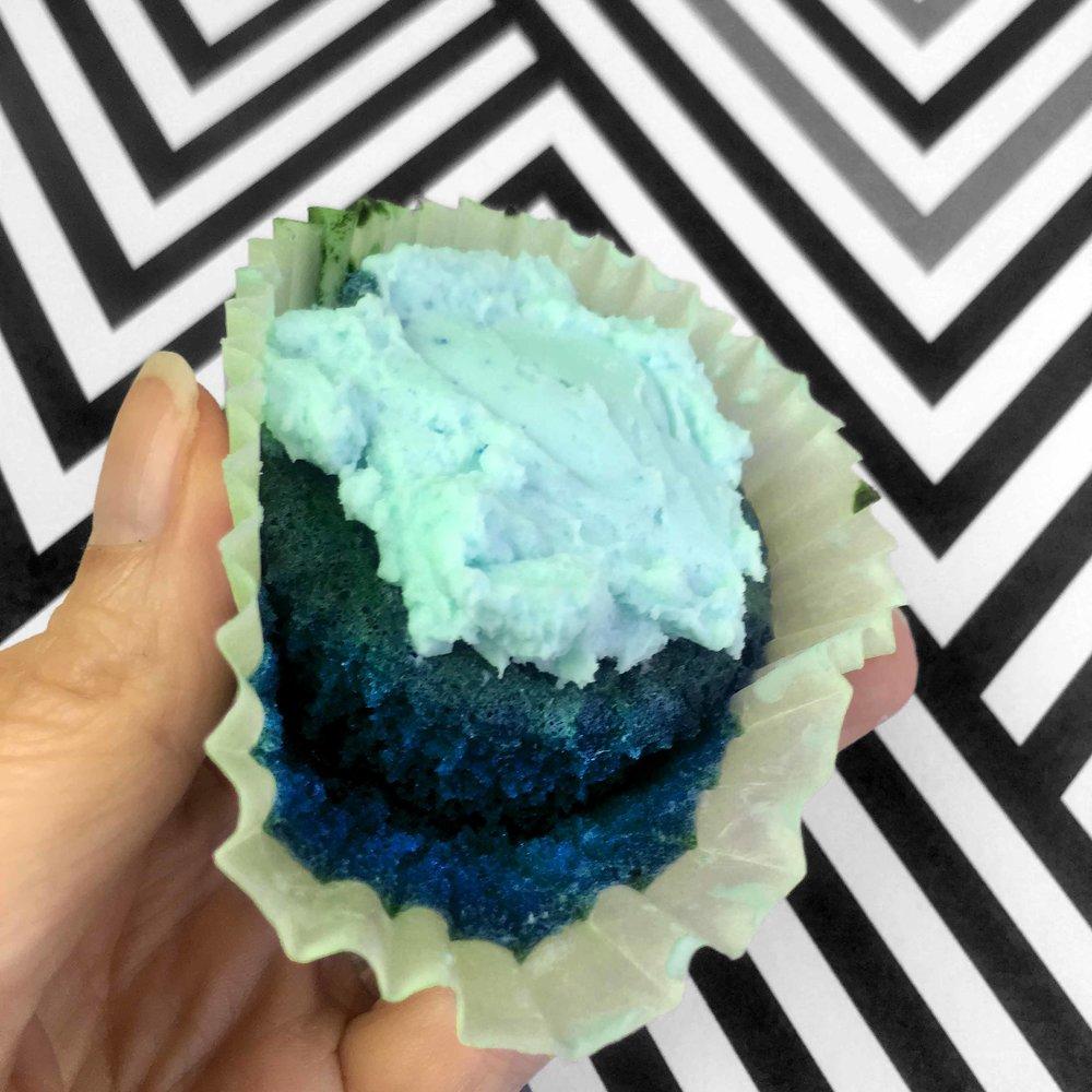 Low Carb Keto Blue Velvet Cupcake Recipe