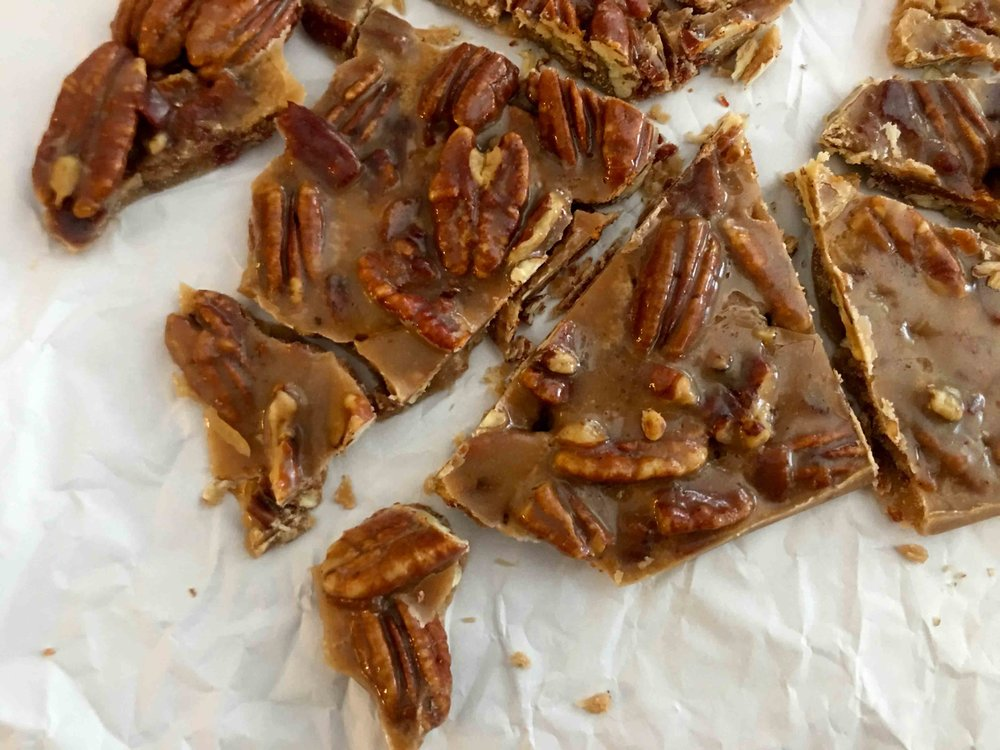 Low Carb Bacon Pecan Brittle Bark Recipe