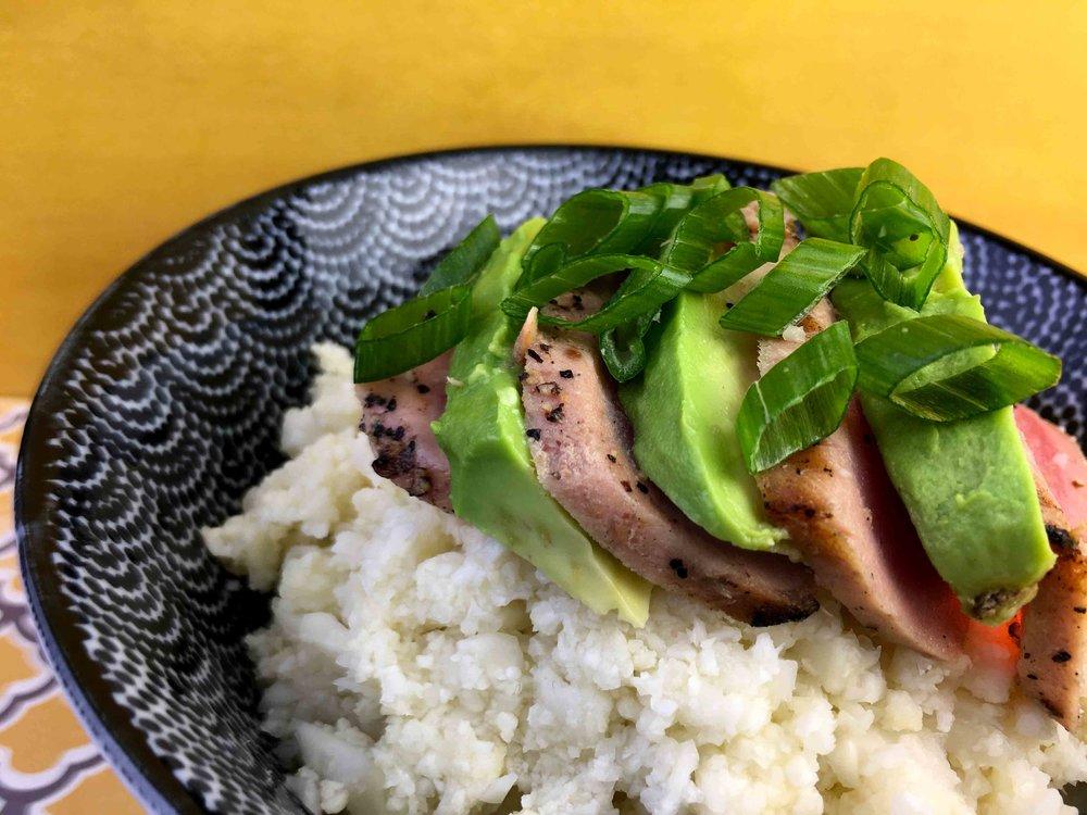 Low Carb Keto Cauliflower Chirashi with Avocado and Seared Tuna Recipe