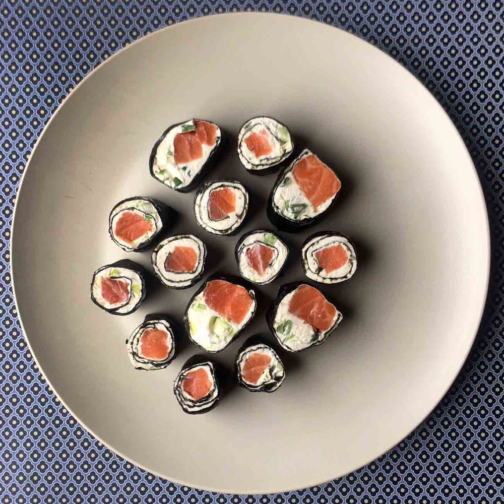 Low Carb Salmon and Cream Cheese Sushi Roll Recipe