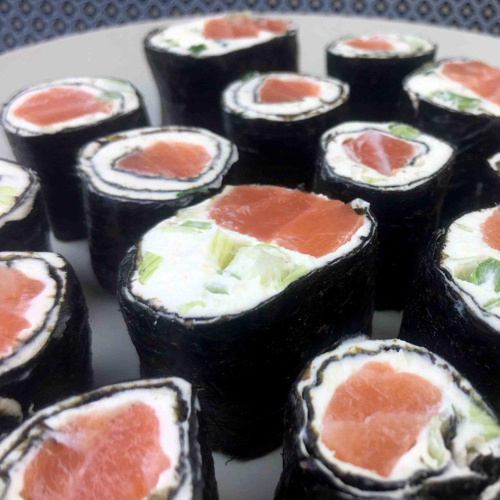 Salmon-Sishi-Square.jpg