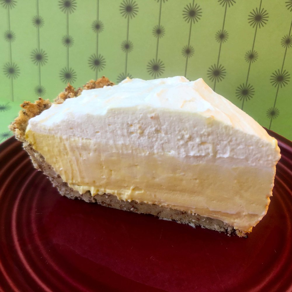 Banana-Cream-Pie-Slice-Square.jpg