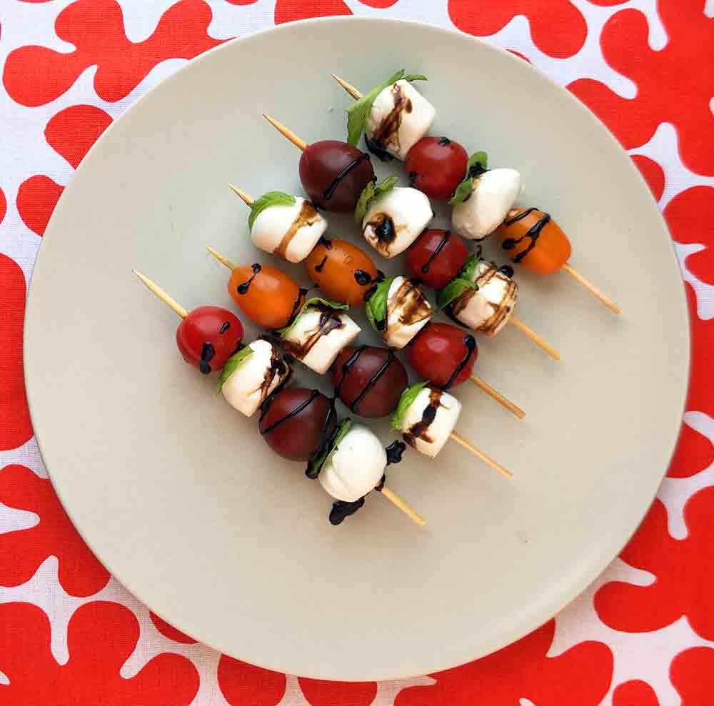 Low Carb Caprese Salad Skewers Recipe