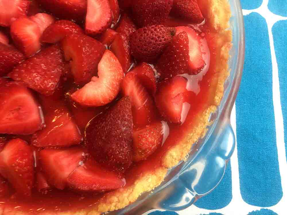 Low Carb Keto Strawberry Pie Recipe