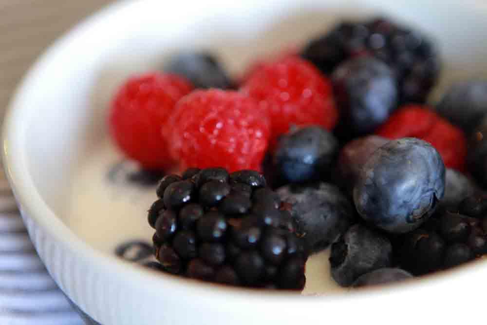 Low Carb Keto Berries and Cream Recipe