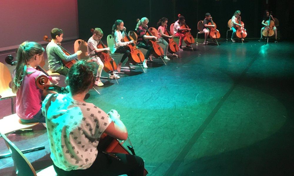 12petits-violoncelles-st-quentin.JPG