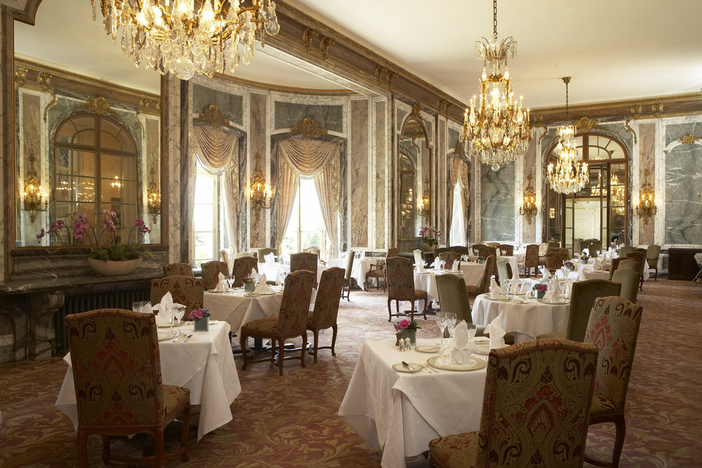 PHOTO COURTESY OF  LUTON HOO HOTEL, GOLF & SPA .
