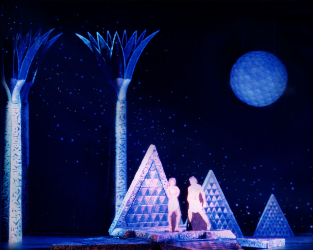 A Dock on Nile,Original Broadway Model