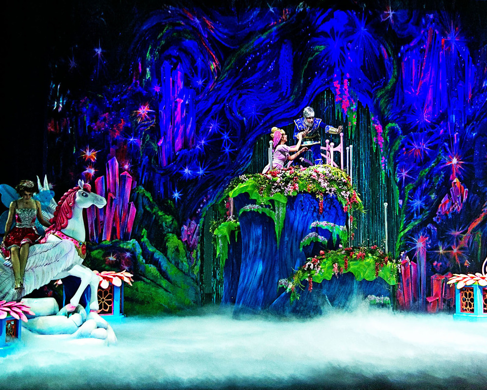 Inside the Crystallite Cave.Barbie Mariposa flash back scene. The ultimate black light scene.