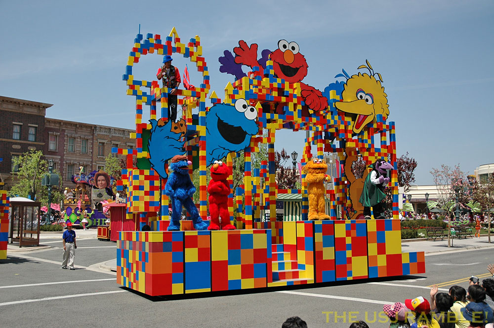 Sesame Street Float with Cookie Monster