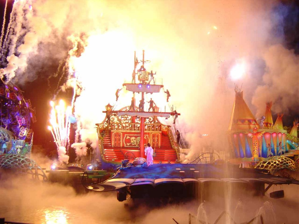 Pyrotechnics in the Finale