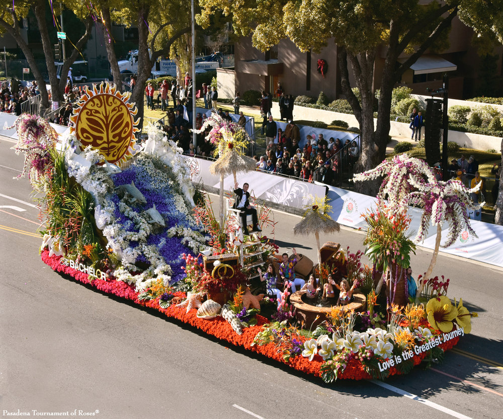 The Bachelor 2016 finished float on the street