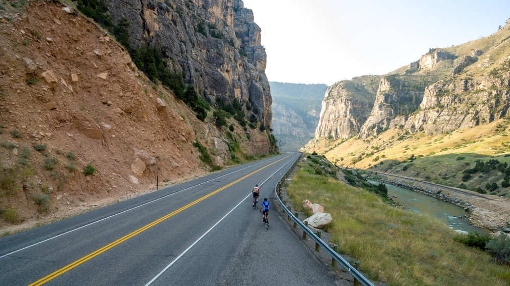 Cyclists in Wind River Canyon. Photo by Nick Olson