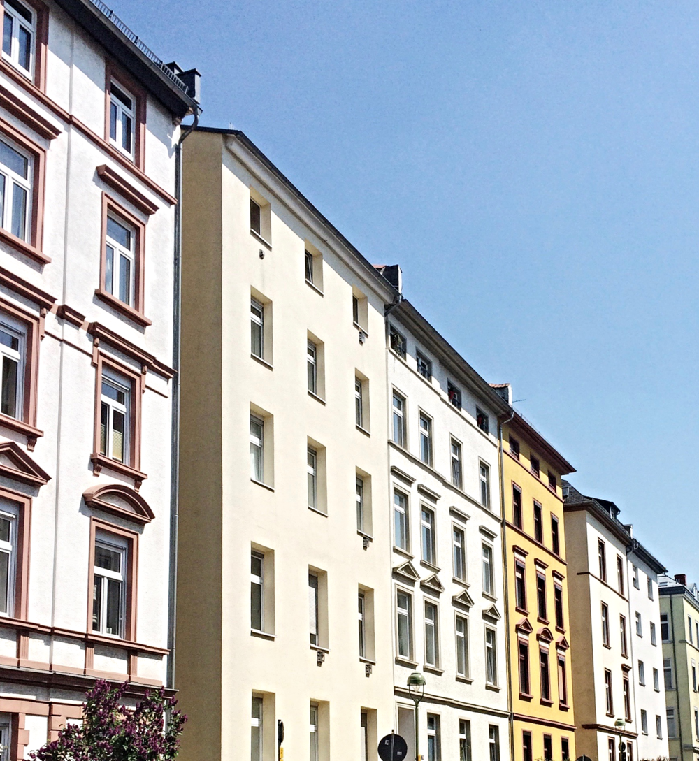 Beautiful pastel facades in Frankfurt Nordend