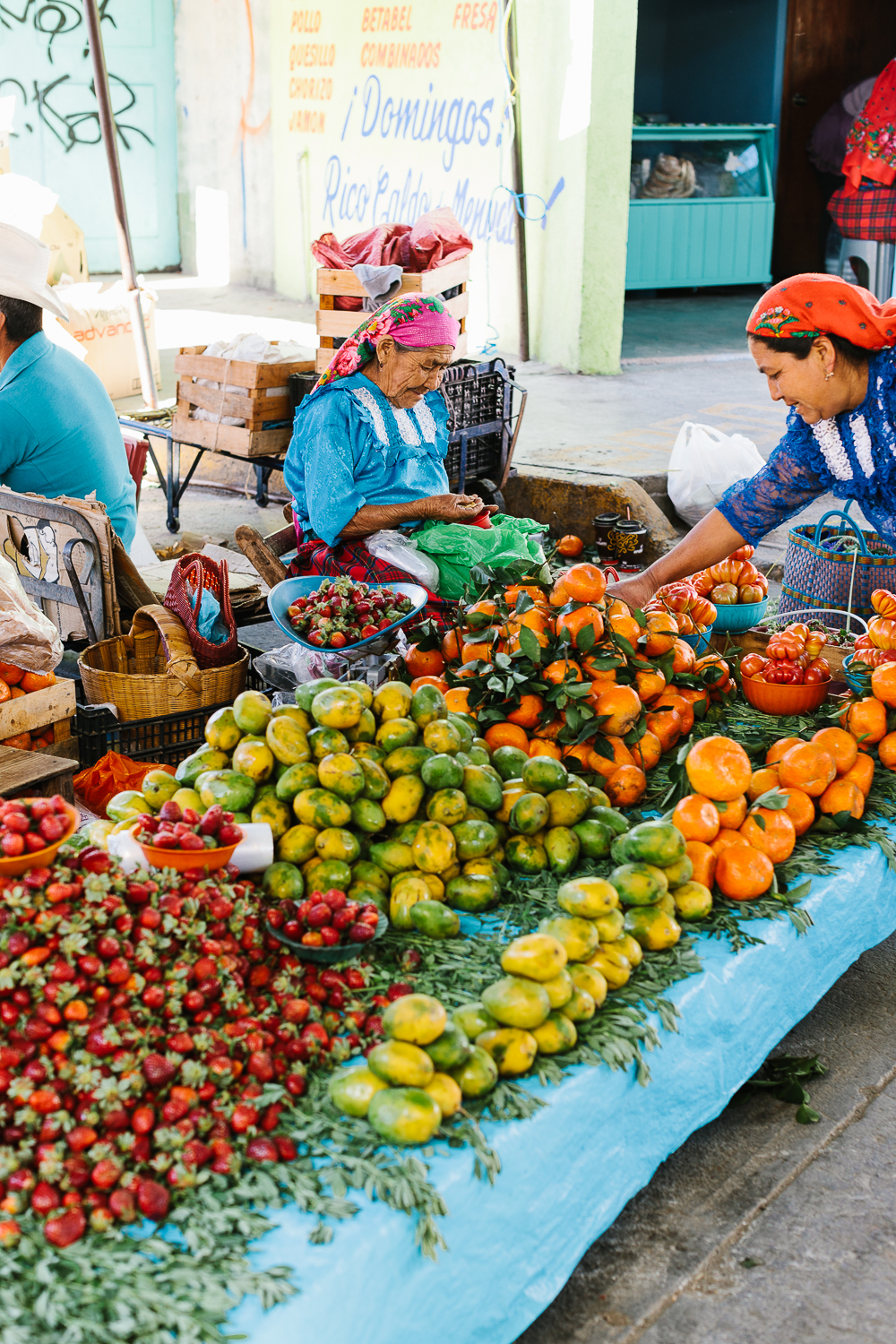 Vendors at the Tlacolula Market.