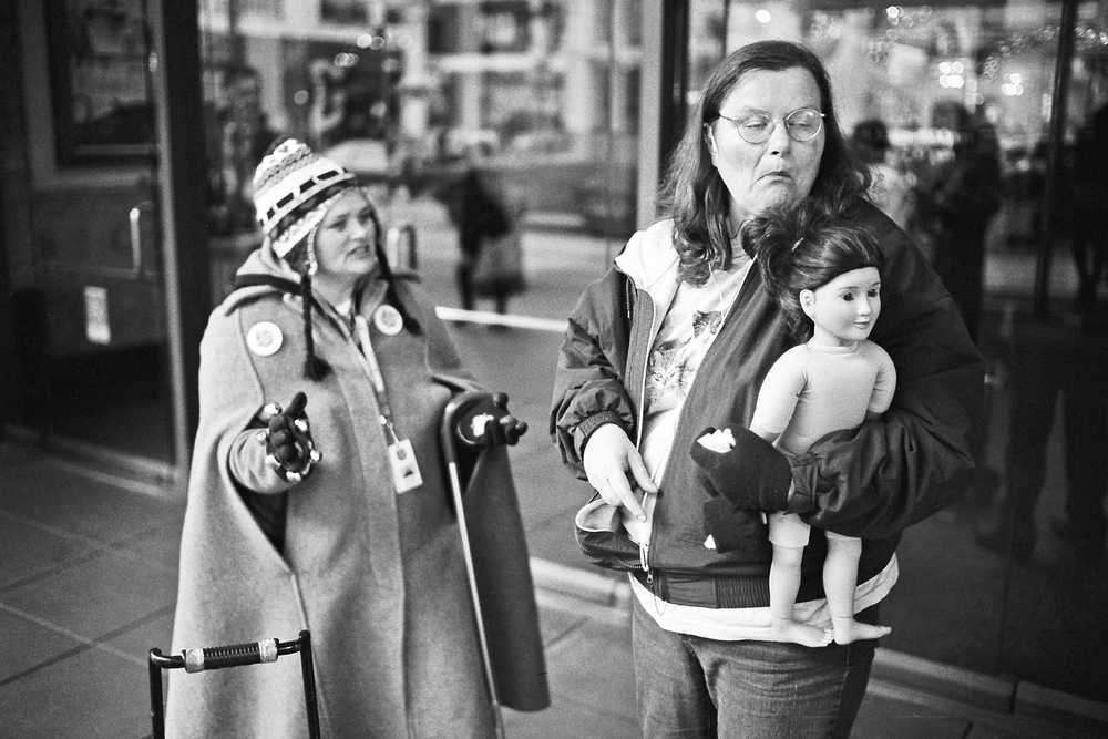 Seattle, Washington © 2010.  Image: Leica M6 Classic + Leitz Summilux ASPH 1:1.4/35mm.