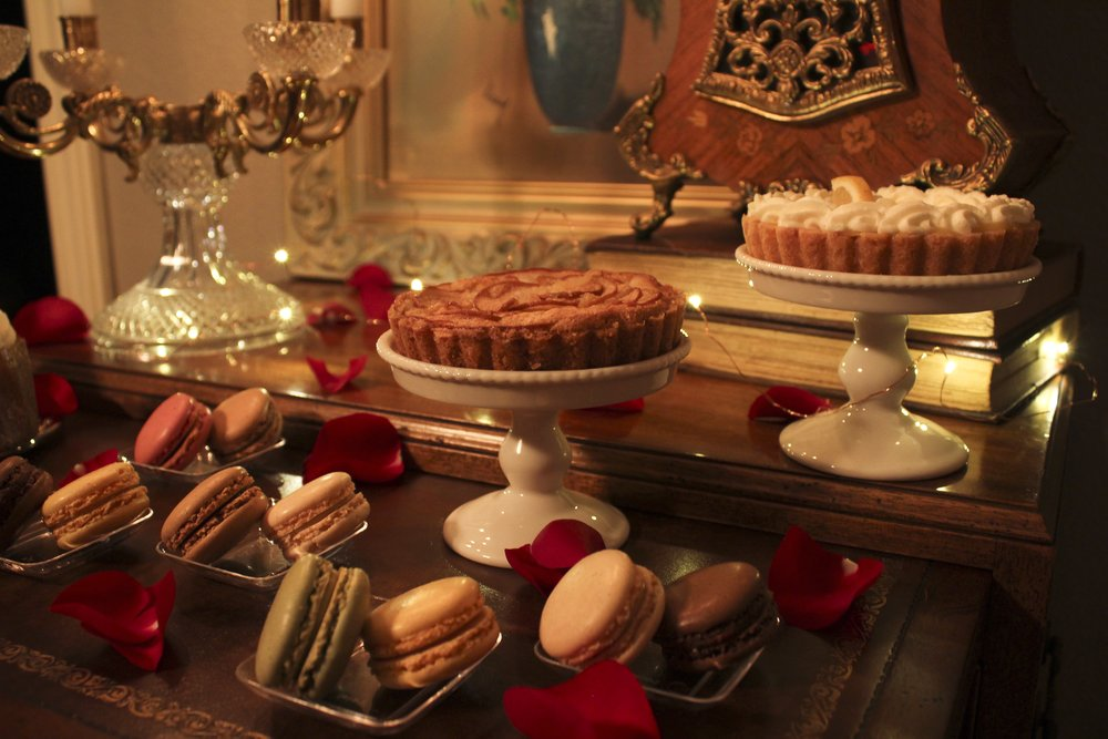 DesignOrganizeParty_ Beauty and the Beast_Dinner_Party_Dessert Table_Macaroons_Pastries