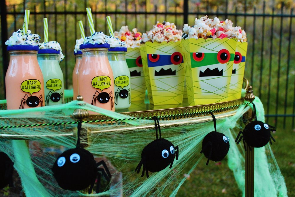 Halloween Movie Snacks Popcorn Drinks Design Organize Party.jpg