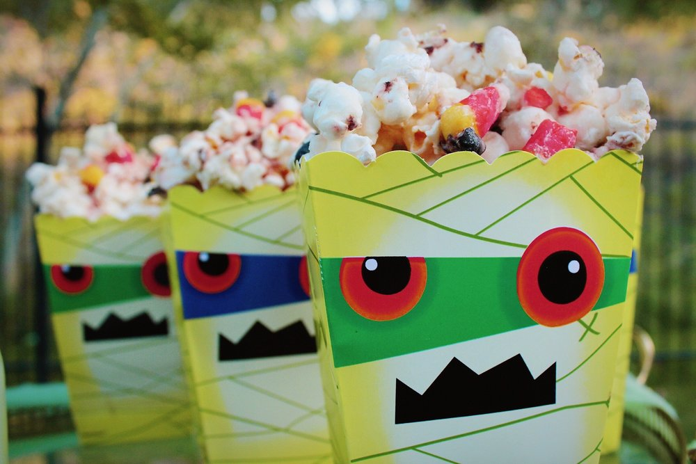 Popcorn Monster Bag Movie Night Snacks Halloween Design Organize Party.jpg