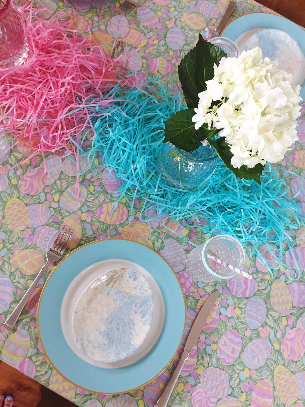 Easter Table Party Ideas_Blue Colorblock_Williams Sonoma Egg Plates_Design Organize Party.JPG