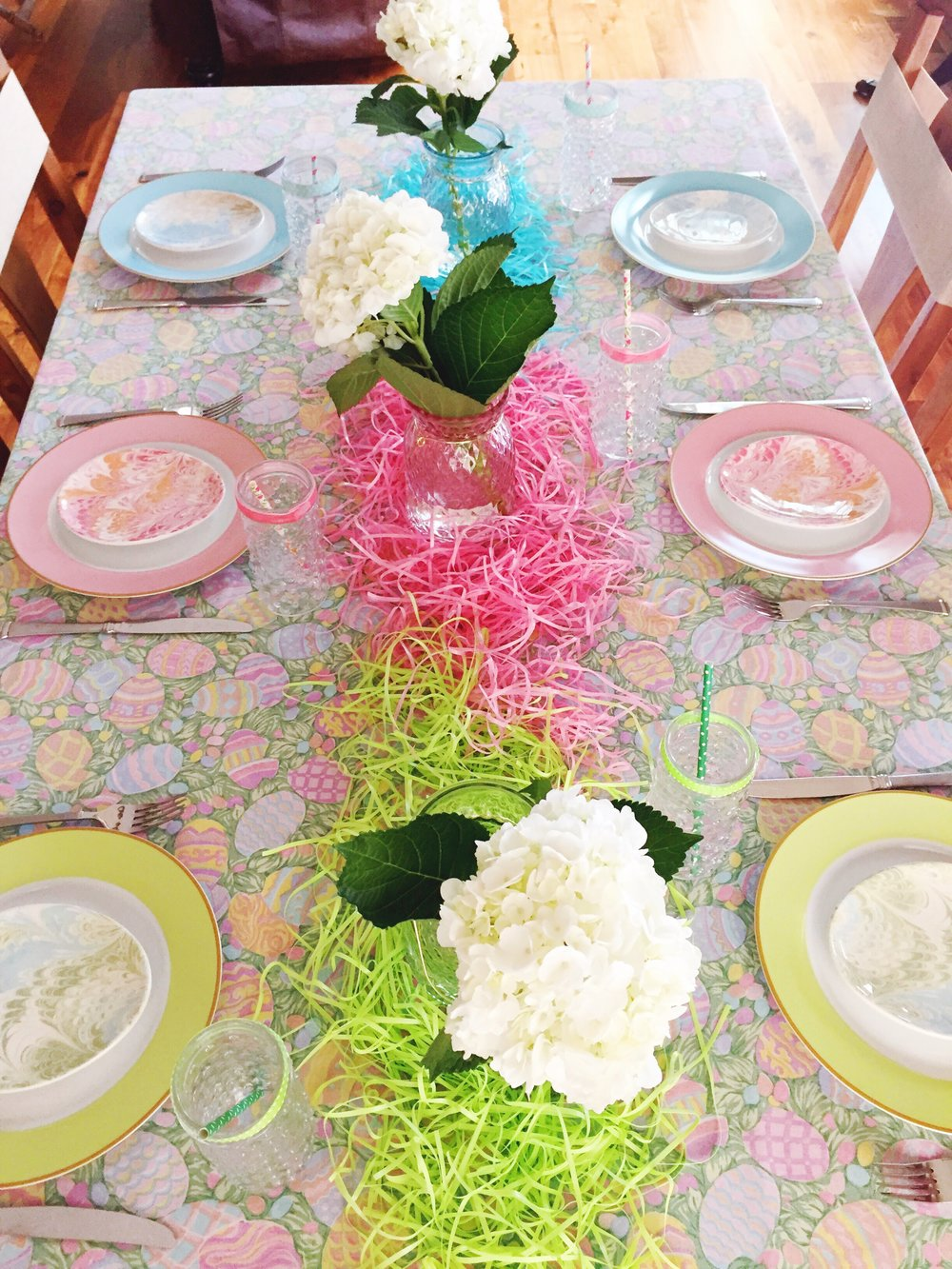 Easter Table Party Ideas_April_Color_Design Organize Party.JPG