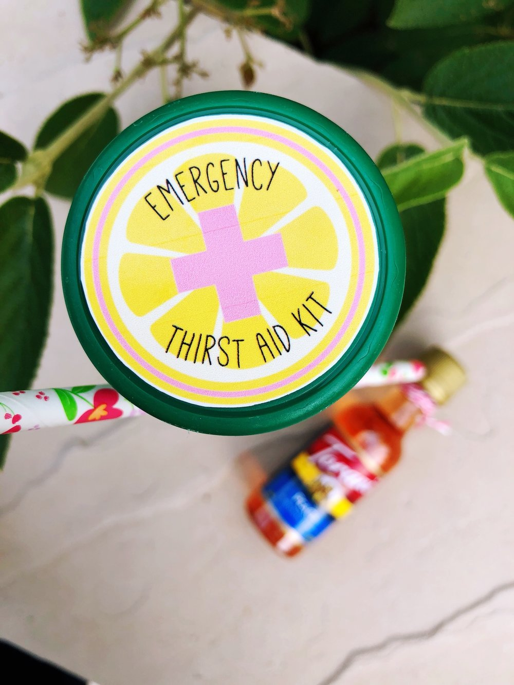 Emergency Thirst Aid Kit_Lemonade Printable_Drink Party Favor Summer_Design Organize Party.JPG