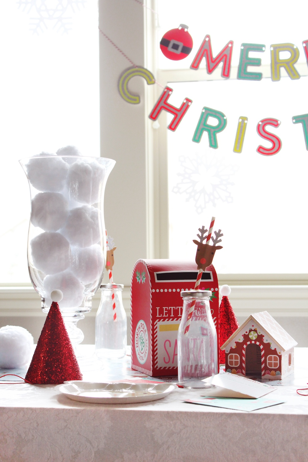 Kids Letters to Santa North Pole Party_Tablescape Decorations_Design Organize Party.jpg