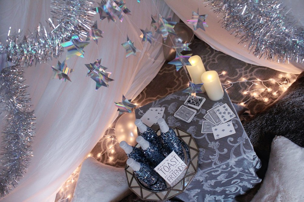 Taylor Swift New Year's Eve Decorations_Reputation_Design Organize Party.JPG