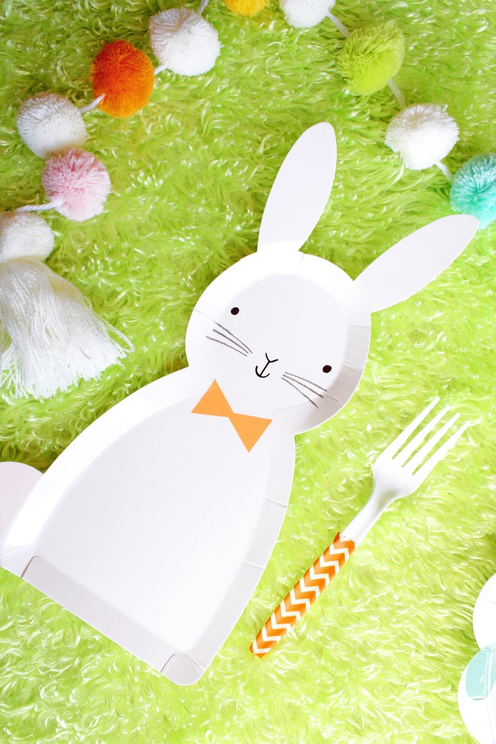 Bunny Shaped Easter Plates_Brunch Breakfast_Design Organize Party.JPG