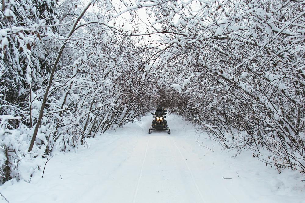 snowmobile 8.jpg