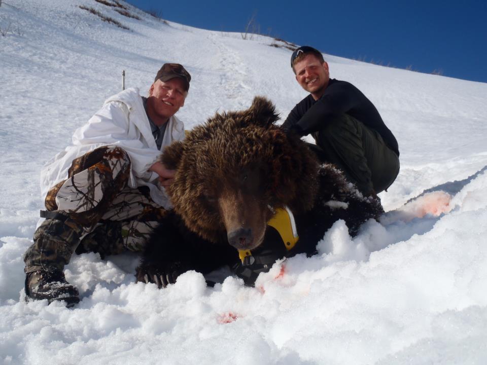 Alaska guided hunt.jpg