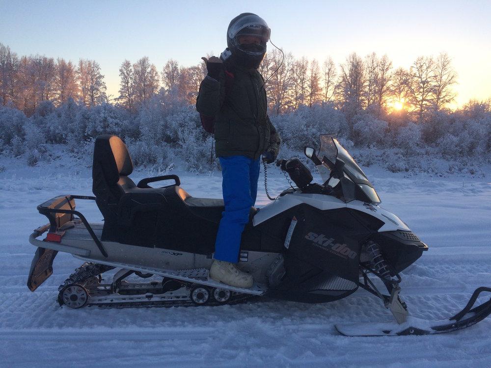 Alaska snowmachine tour.JPG