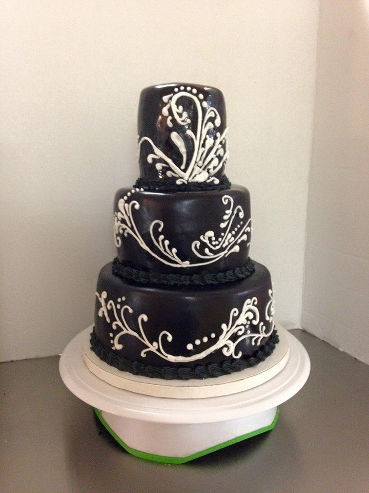 Black Tiered Cake.jpg