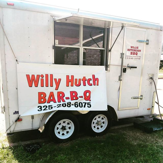 NEW TO THE PARK!! Tomorrow as in Friday lunch, come try Willy's BBQ! He's no rookie that's for sure! 11am - 2pm #abifoodpark #downtownabi #texasbbq 🎉🎉🎉
