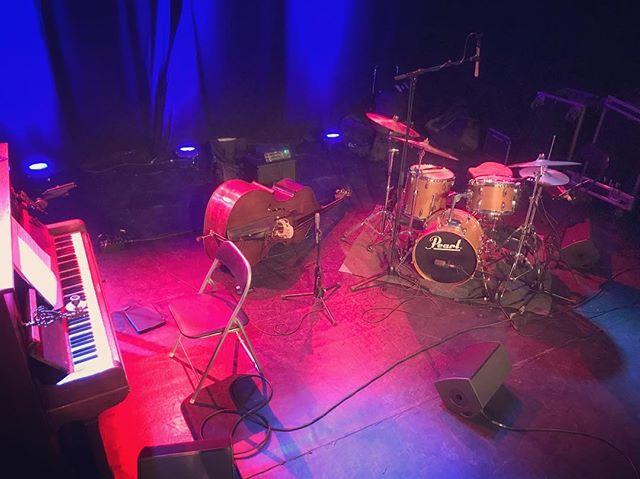 Vanavond nieuw werk met @alano_gruarin trio in Antwerpen. @dee_la_mela
