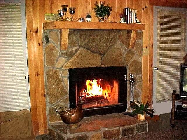 0003 - Fireplace.JPG
