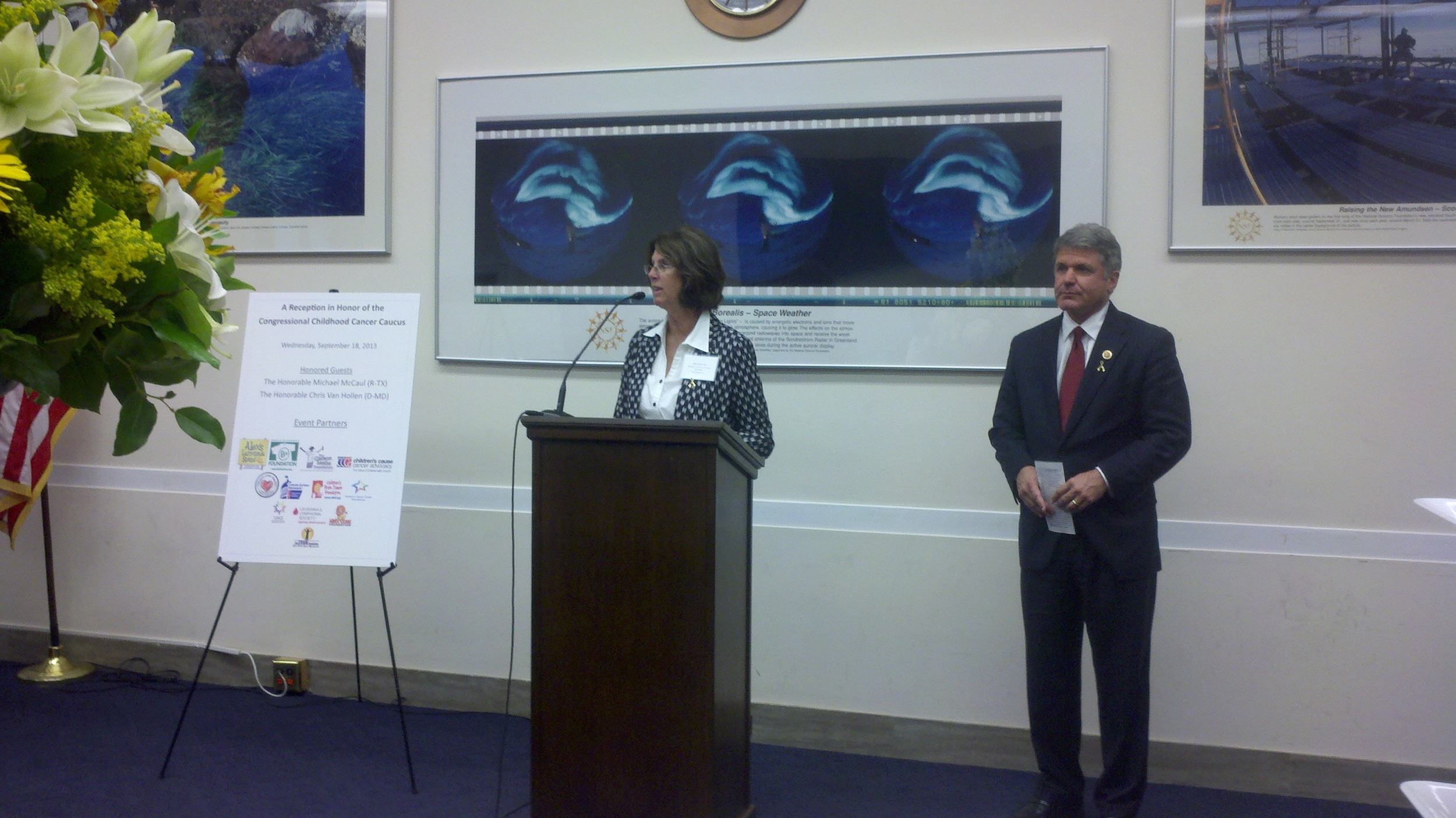CCCA Exec. Director Maureen Lilly introduces Rep. Michael McCaul (TX)