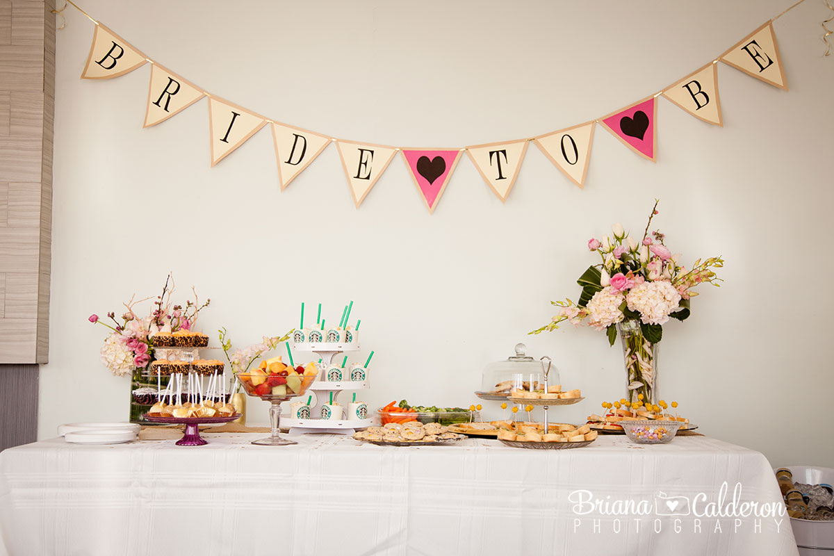 Coffee and Starbucks themed bridal shower party with cupcakes and Frappaccinos.