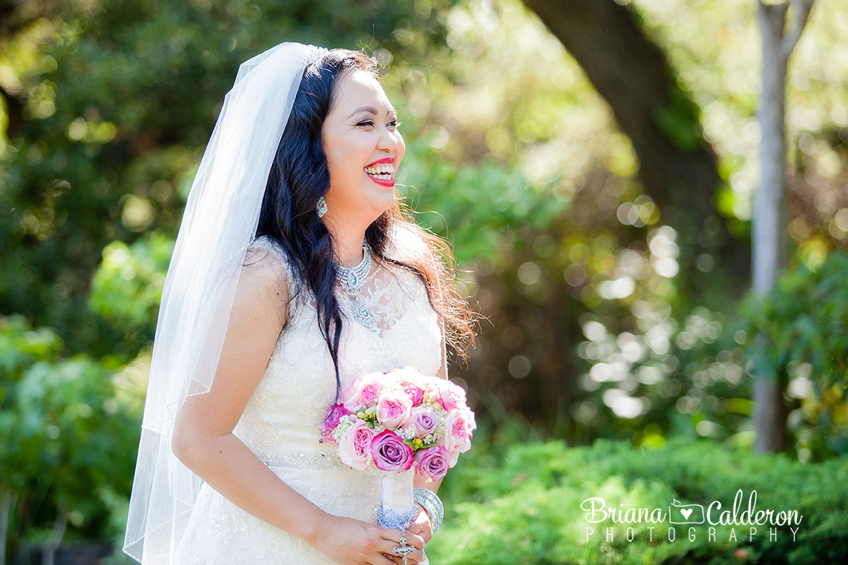 Wedding photos at the Japanese Gardens in Hayward, CA. Photos by Briana Calderon Photography based in the San Francisco Bay Area..