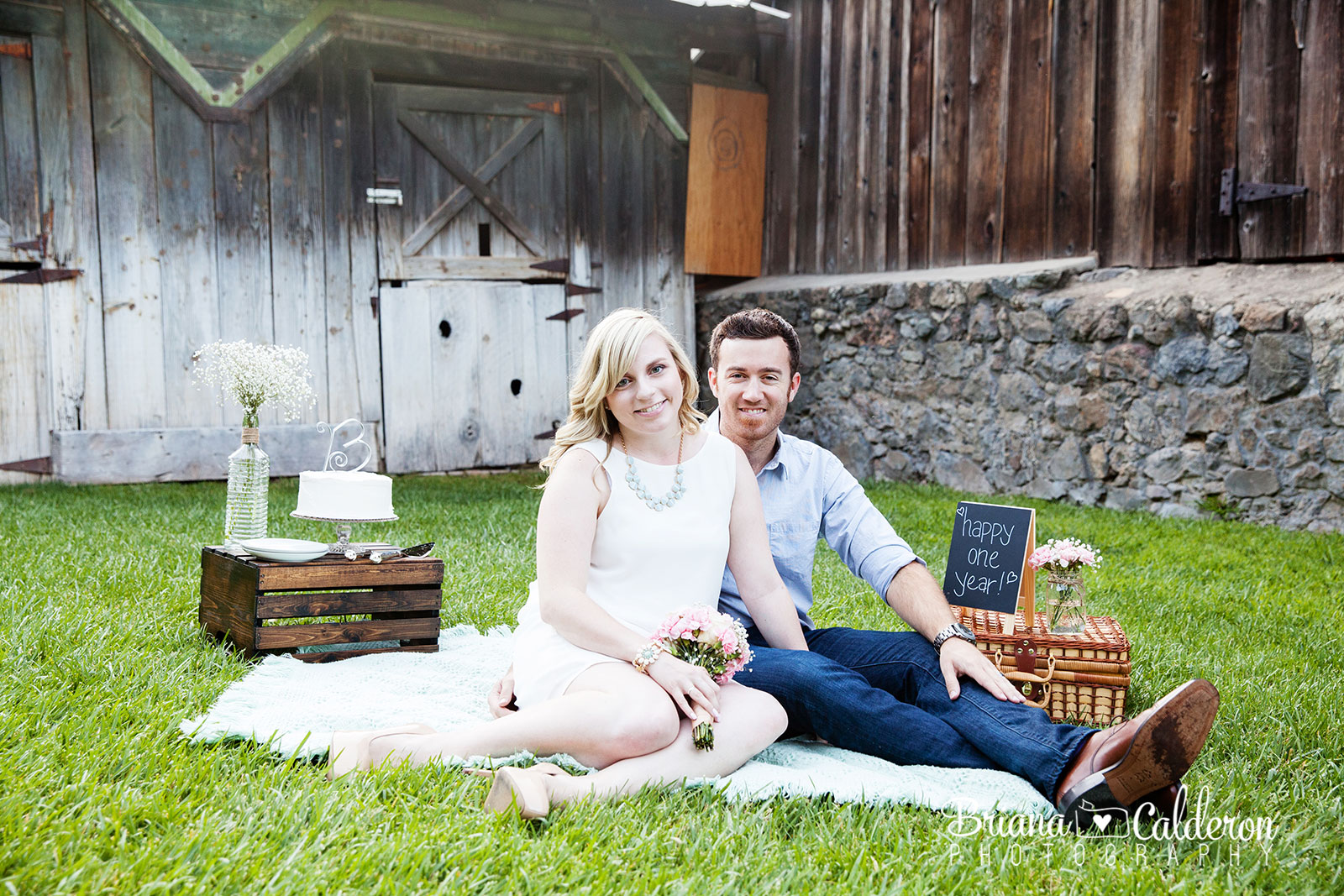 Styled picnic one year anniversary photo shoot at Pichetti Winery in Cupertino, CA.  Pictures by Briana Calderon Photography based in the San Francisco Bay Area.
