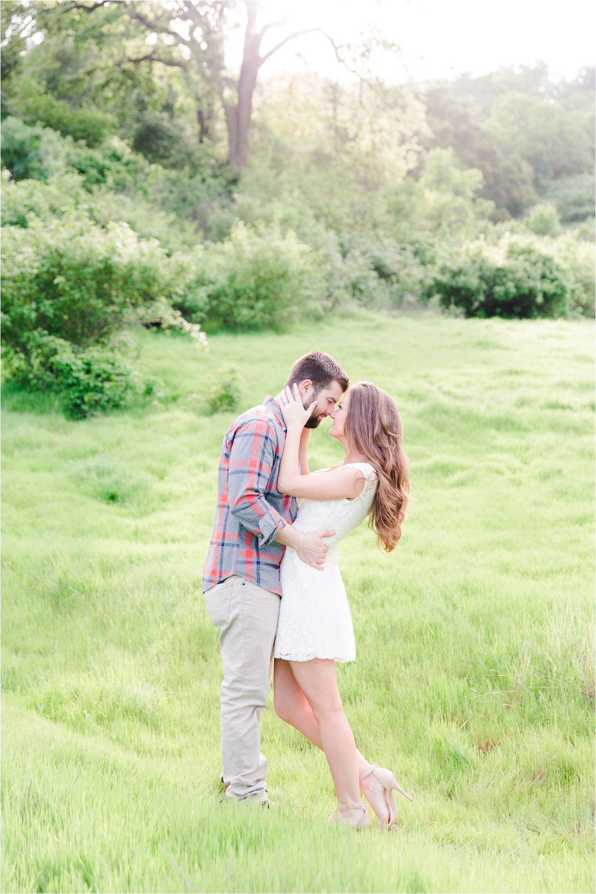 Engagement shoot at Pleasanton Ridge Regional Park in Sunol, CA. Photos by Briana Calderon Photography based in San Francisco Bay Area in California.